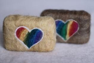 rainbowhearts_01